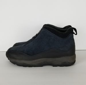 L.L. Bean Womens Blue Suede Zip Hiking/Winter 10M